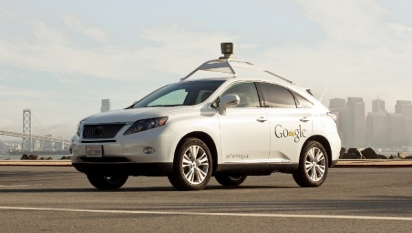 Google self-driving Lexus covered 500,000 miles under robotic control. Photo via Extremetech.com.